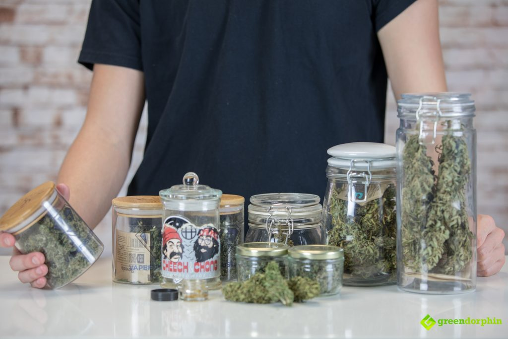 store your cannabis in glass jars
