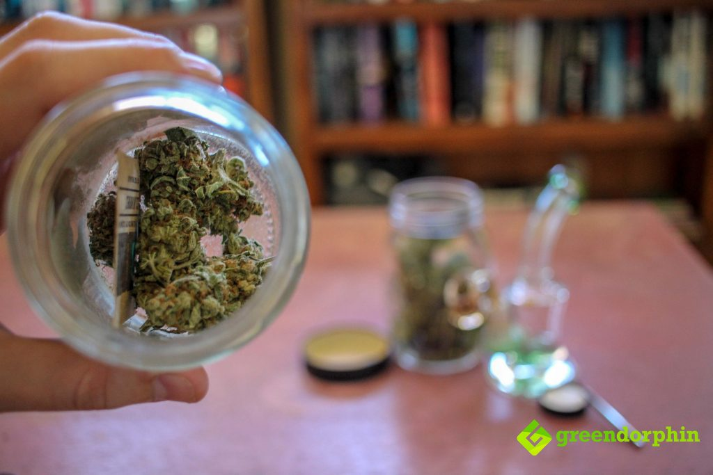 best ways to store your cannabis