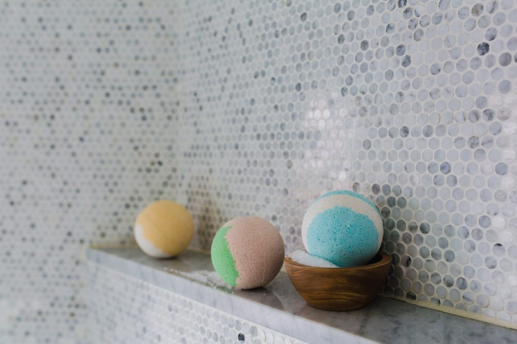 CBD Beauty Trends - bath bombs